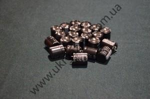 Электролитический конденсатор 250V150пкф