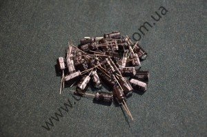 Электролитический конденсатор 25V470пкф