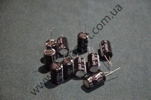 Электролитический конденсатор 35V2200пкф