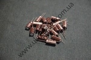 Электролитический конденсатор 16В1000пкф