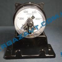 Электроконтактный манометр ДМ2010ф х 0 - 1000 кгс/см2 кл. т. 1,5