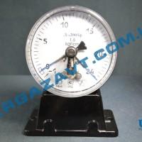 Электроконтактный мановакуумметр ДА2005ф исп V -1 - 0 - 24 кгс/см2 кл. т. 1,5
